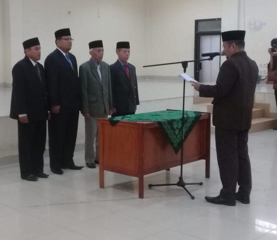 Dr Maulana melantik & mengukuhkan pimpinan STAI AHSANTA Jambi