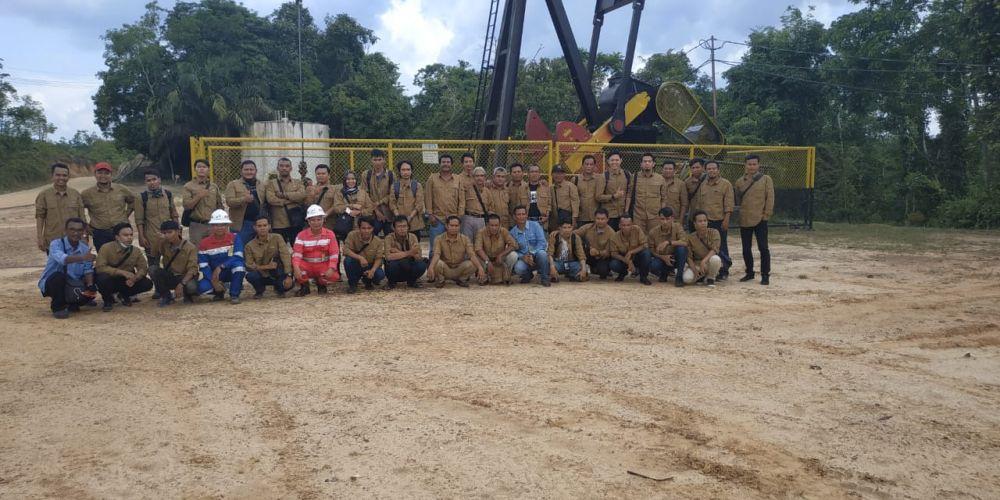 SKK Migas dan KKKS Wilayah Jambi bersama Forum Jurnalis Migas (FJM) menggelar Media Field Trip di Pertamina Bajubang .