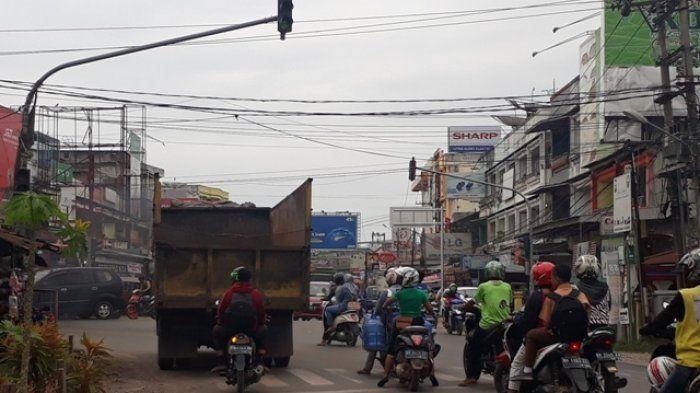 Salah Satu Persimpangan di Kota Jambi