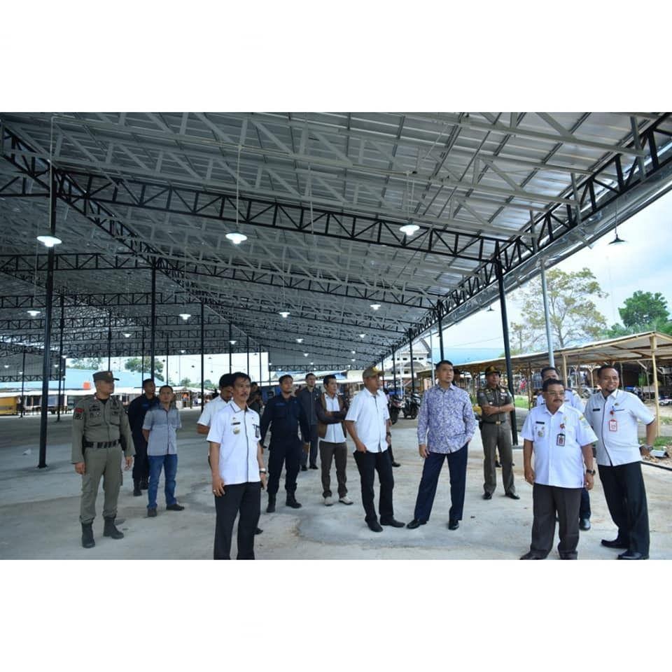 Walikota Mengecek Pembangunan Pasar Induk Talang Gulo