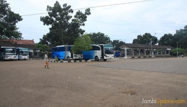 Suasana Terminal Alam Barajo