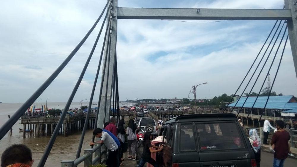 Arus balik di Jembatan WFC Kualatungkal