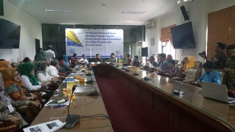 Pertemuan kelompok kerja advokasi tingkat Provinsi Jambi dalam rangka rapat koordinasi tim pokja kampung KB