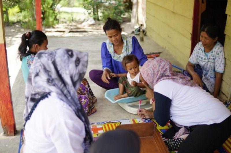 Kegiatan monitoring kesehatan anak yang dilakukan Pertamina EP Asset 1 Jambi Field di Desa Pompa Air, Kecamatan Bajubang, Kabupaten Batanghari.