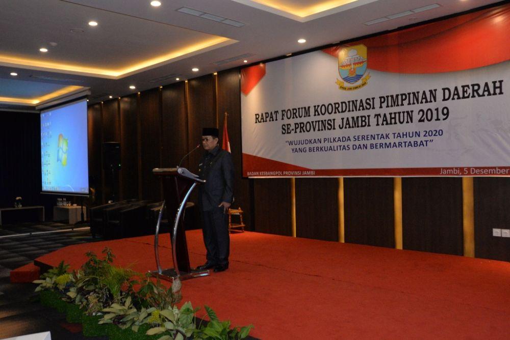 Gubernur Fachrori Membuka Rapat Forum Koordinasi Pimpinan Daerah (Forkopimda) Se Provinsi Jambi Tahun 2019, di BW Luxury Hotel, Kamis (05/12/2019)