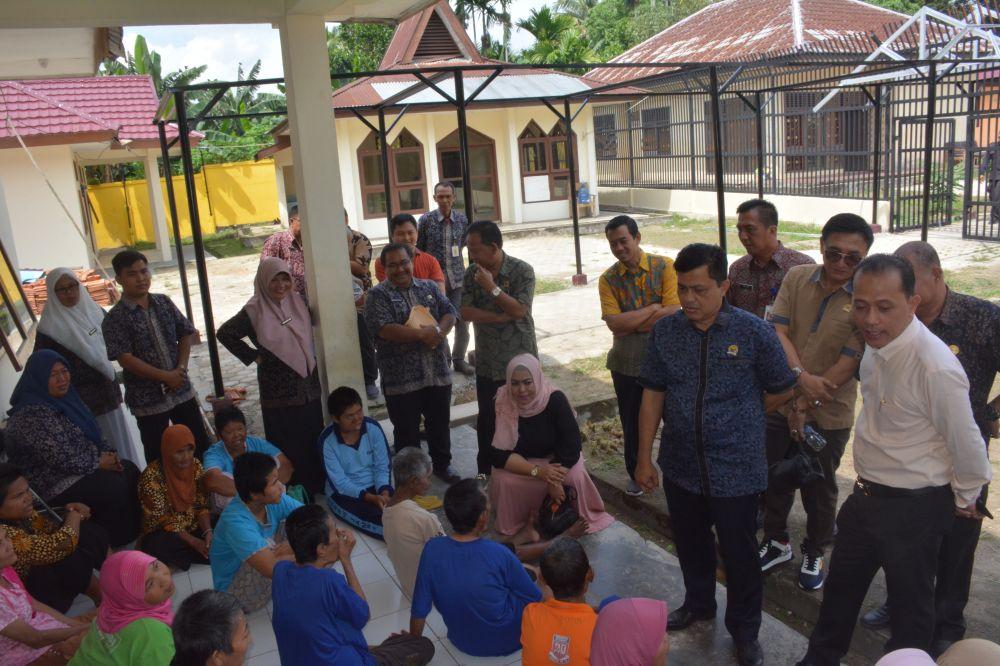 Komisi IV DPRD Provinsi Jambi Meninjau Panti Harapan Mulya Dinas Sosial Dan Dukcapil Provinsi Jambi di Kelurahan Talang Bakung, Kecamatan Paal Merah, Kota Jambi.