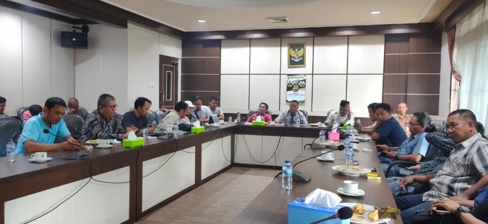 Suasana copy morning pimpinan dewan Tebo dan media