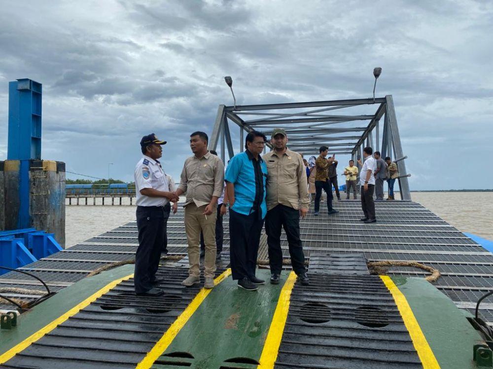 Tiga pimpinan DPRD Provinsi Jambi beserta Komisi III melakukan kunjungan kerja ke Tanjungjabung Barat dalam rangka mencari masukan terkait Ranperda Inisiatif Penyelenggaraan Jalan Provinsi