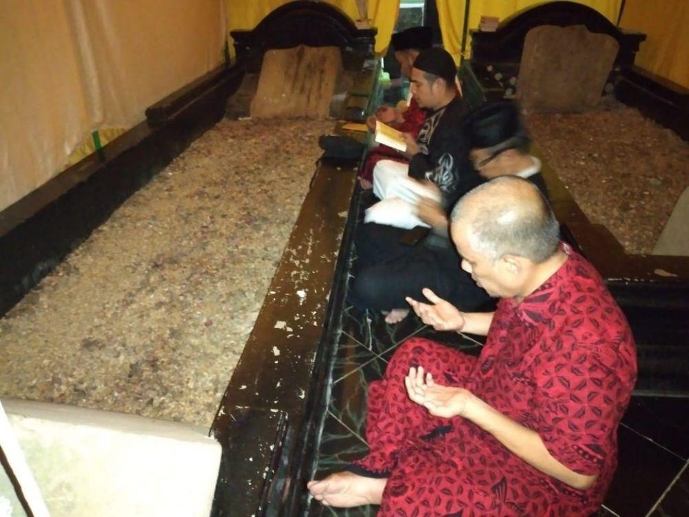 Tim keluarga Fahrori ziarah ke Makam Rang Kayo Itam
