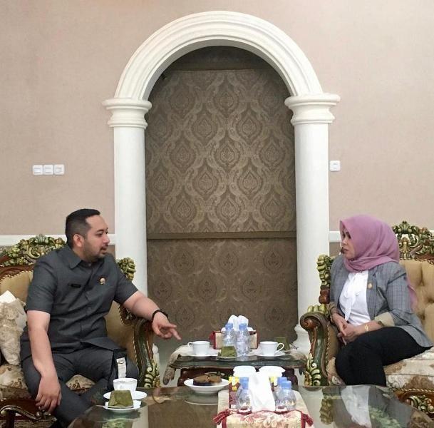 Wakil Ketua Pinto Jayanegara mengunjungi Ketua DPRD Provinsi Sulawesi Selatan, A. Ina Kartika Sari di Rumah Jabatan Ketua DPRD Sulsel, Jalan Dr. Ratulangi, Makassar, Senin (9/3/2020)