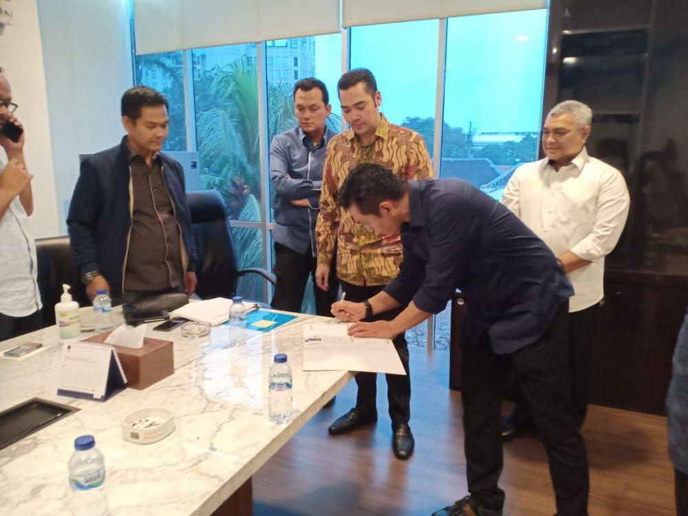 Usai meraih dukungan dari Nasdem Fadhil Arief  memastikan dua perahu parpol mendukungnya di Pilkada Batanghari.