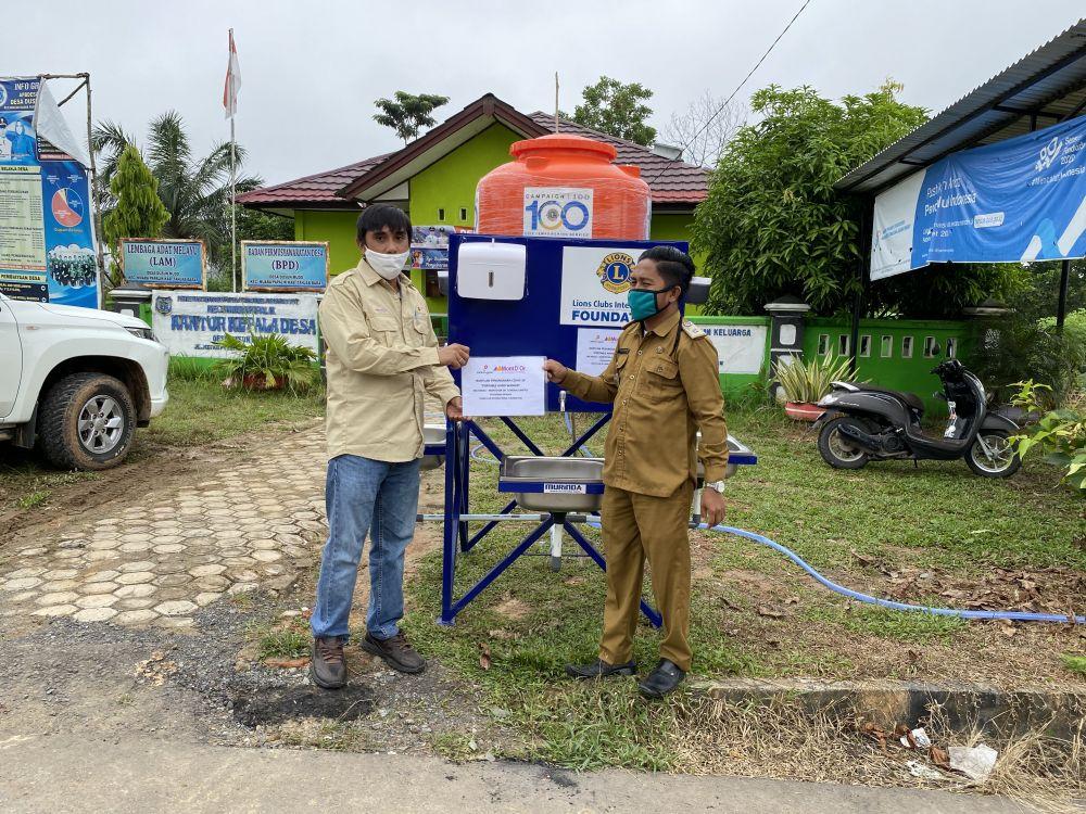 Peduli Sesama, SKK Migas – MontD Or Oil Tungkal Limited Serahkan Bantuan.
