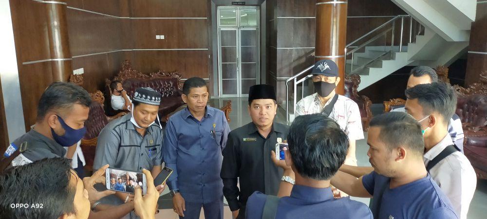 Ketua Komisi II DPRD, Fadlan Kholik SE ME Sy ketika diwawancarai