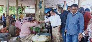 Blusukan ke Pasar Simpang Sungai Rengas, Al Haris Bicara Revitalisasi Pasar di Jambi