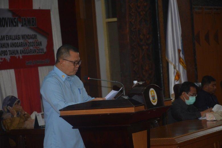 Laporan Banggar DPRD Provinsi Jambi Melalui Juru Bicaranya, Dr.Ir.Ahmad Fauzi,MT