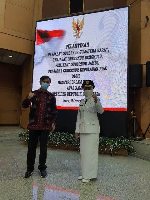Ketua DPRD Provinsi Jambi Edi Purwanto saat menghadiri Pj Gubernur Jambi di kantor kementerian dalam negeri.