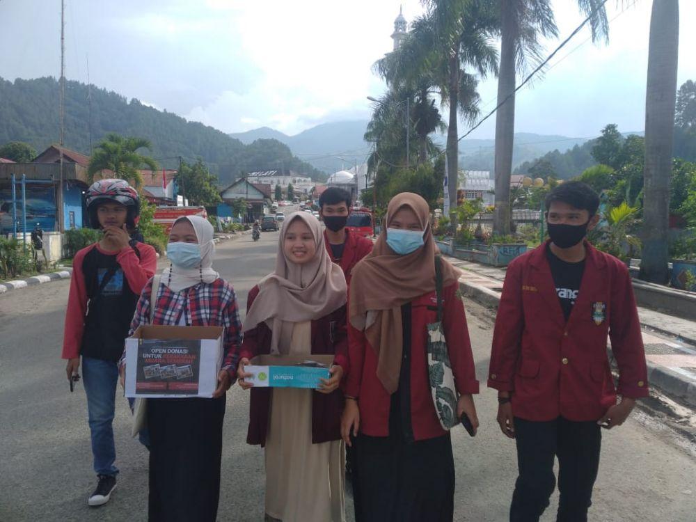 IMM menggalang dana dan bagi-bagi Masker