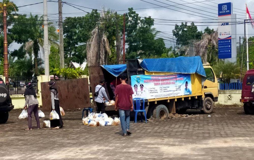 Pendistribusian sembako pemkab Batanghari