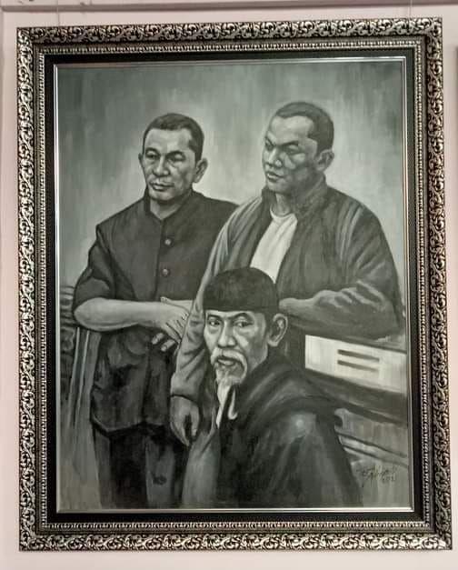 Lukisan H.Fauzi Zubir bersama Pematung Sumardi DS dan Sanusi
