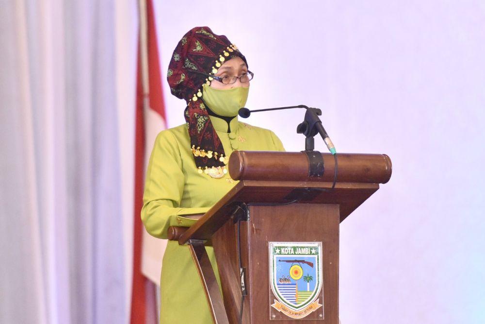 Pj.Gubernur Jambi Dr.Hari Nur Cahya Murni, M.Si menghadiri Peringatan HUT ke-75 Pemerintah Kota Jambi dan ke-620 Tanah Pilih Pusako Betuah Tahun 2021, di Abadi Convention Center (ACC), Jumat, (28/5)