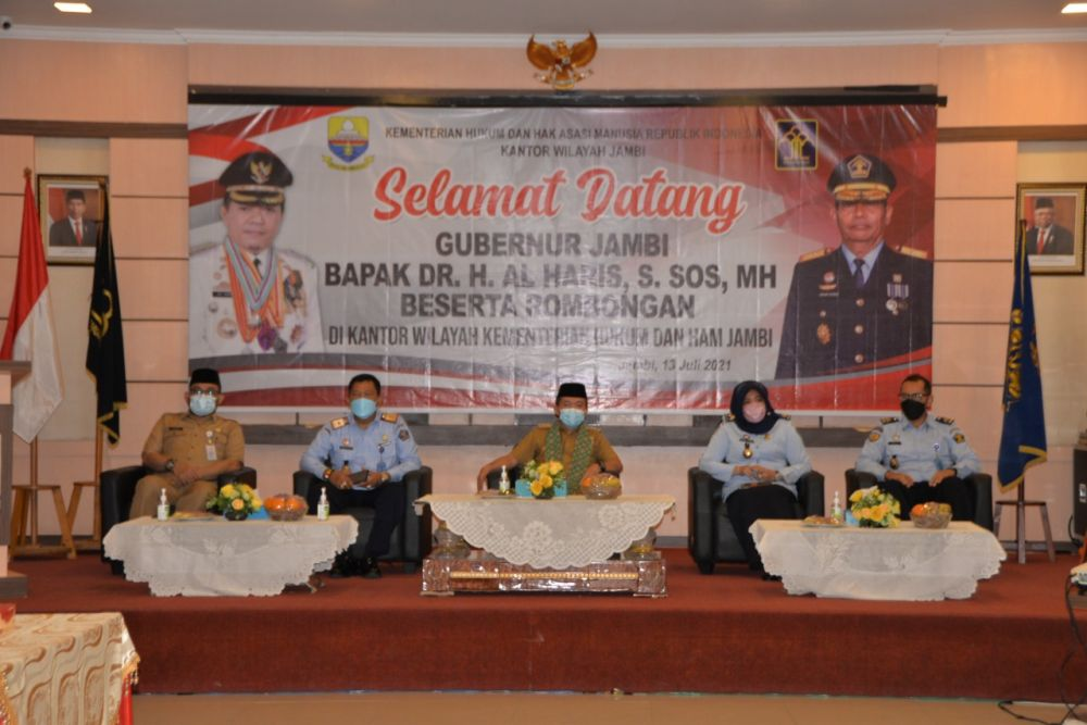 Gubernur Jambi Dr.H.Alharis,S.Sos,MH, silaturahmi Kanwil Kemenkumham Jambi.