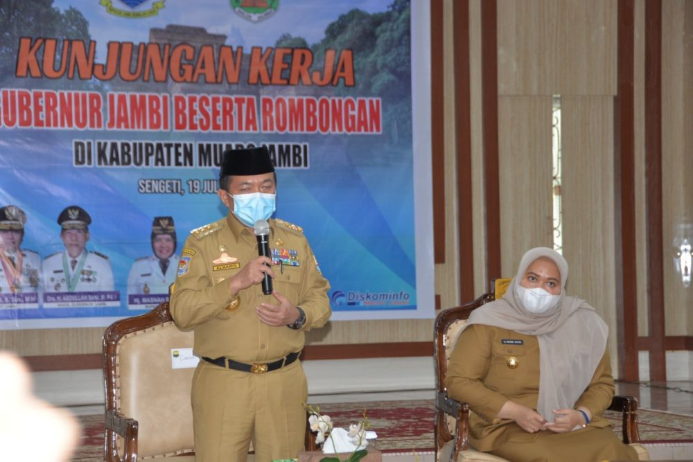 Gubernur Jambi Al Haris saat kunjungan ke Kabupaten Muaro Jambi