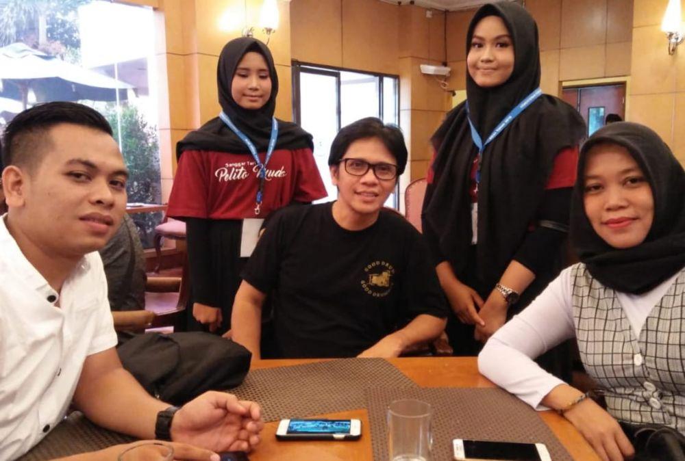 Bersama Seniman Gilang Ramadhan, saat Sanggar Pelito Mudo ikut Konser Karawitan Indonesia di Taman Ismail Marzuki Jakarta