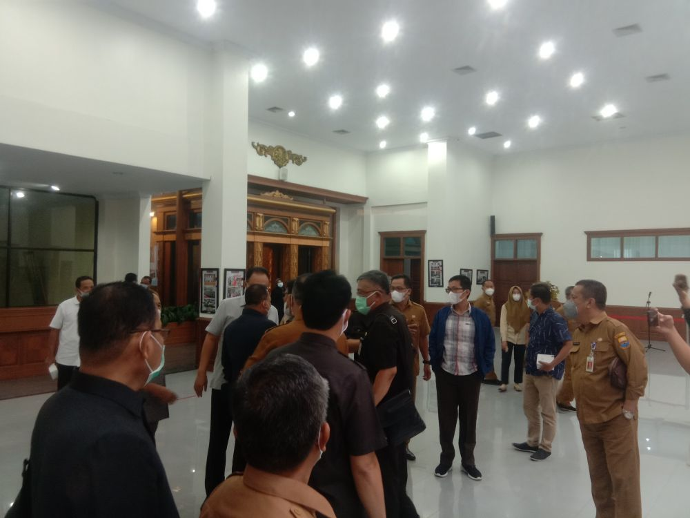 Suasana keributan di Gedung DPRD Provinsi Jambi