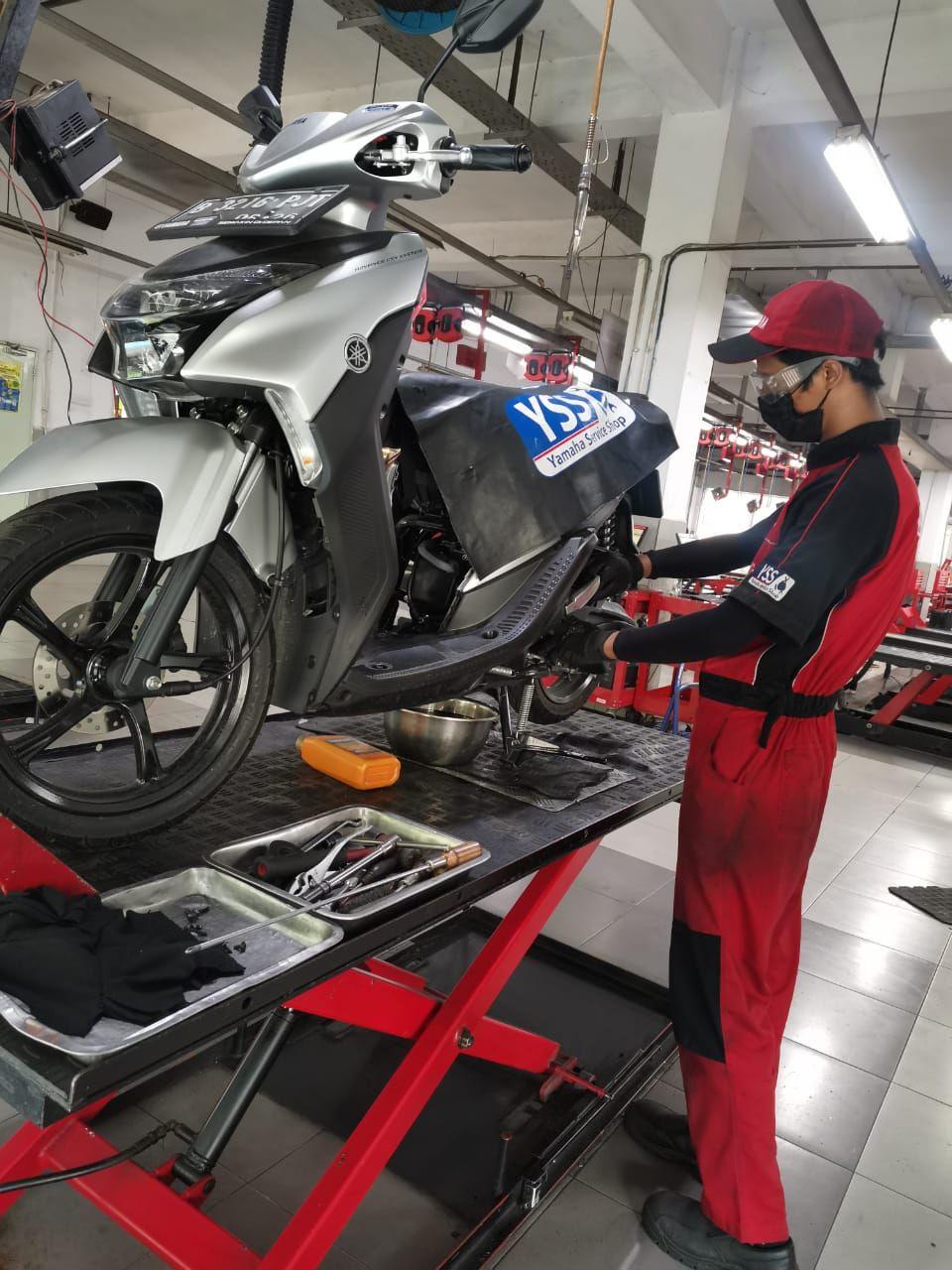 Servis Motor Yamaha